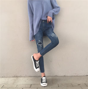 Hot Spring New Ripped Holes Women Denim Jeans pictures & photos