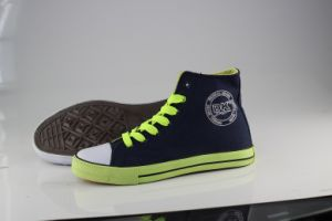 Lady/Women Fashion Wholesale Casual High Ankle Canvas Shoes Vulcanized Shoes pictures & photos