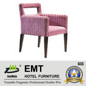 Simple Lovely Style Wooden Hotel Chair (EMT-021) pictures & photos