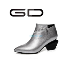 Factory Wholesale Fashion Lady Ankle Boots pictures & photos