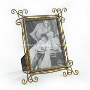 Die Cast Cartoon Photo Frame (OEM) pictures & photos
