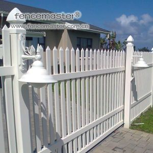 Picket Fence with High Strength and Durablity pictures & photos