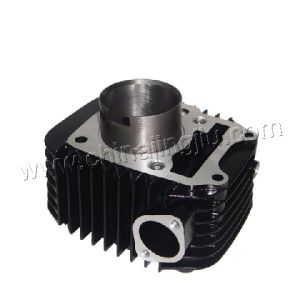 Motorcycle Cylinder Block (Super Splendor - Black color) pictures & photos