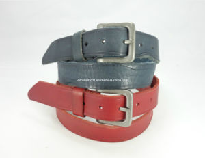 Fashion Men′s Leather Belt with Pin Buckle (EUBL0697-35)