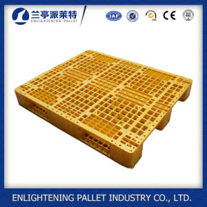 Single Faced Style Plastic Pallet with Steel Insert pictures & photos