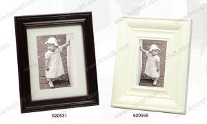 Solid Wooden Photo Frame / Wooden Mat Photo Frame pictures & photos