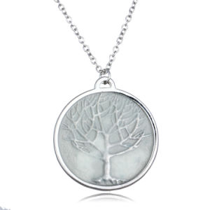 Fashion Luminous Glow in The Dark Necklace The Tree of Life Pendant Necklace for Women pictures & photos
