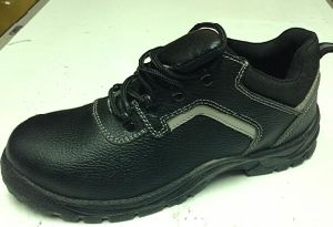 Industrial Safety Shoes with Reflective Tape Mt106 pictures & photos