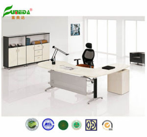Hot Sell Executive Table Wooden Office Table pictures & photos