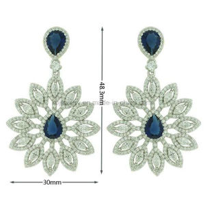 Best Quality Fancy Hanging Earrings for Party Engagement (KE3112) pictures & photos