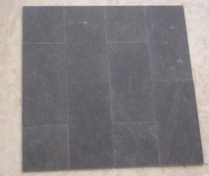Flamed and Tumbling Bluestone Limestone for Floor (HZX0409J) pictures & photos
