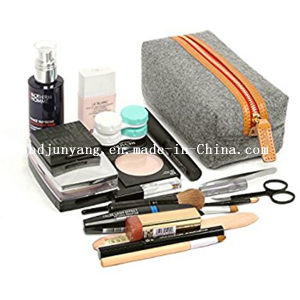 Hot Sale Felt Cosmetic Pouch for Famale pictures & photos