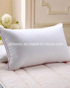 Memory 3D Virgin Siliconized Fiber PP Cotton Neck Pillow pictures & photos