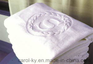 Hotel Custom Woven Embossed Jacquard Logo Hand Towel pictures & photos