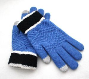 Soft Jacquard Screen Touch Knitting Gloves pictures & photos