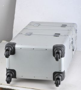 Custom Design Aluminum Portable Tool Storage Case with Wheels pictures & photos