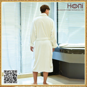Newest Design Wholesale Bathrobe Hot Sale Popular Hotel Bathrobe pictures & photos