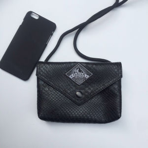 Black PU Serpentine Pattern Designer Handbag (M009-1) pictures & photos