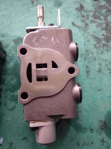 Nichiyu Forklift Hydraulic Control Valve, Increased Oil Pressure Accessories pictures & photos