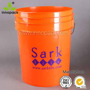 Wholesale Customized Plastic Bucket with Handle for Lubricant pictures & photos
