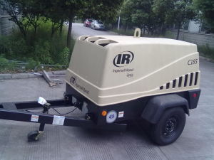 Ingersoll Rand /Doosan Diesel Drive Portable Screw Air Compressor, Portable Air Compressor (C185) pictures & photos