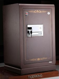 Ce Approved Excellent Burglary Safe pictures & photos