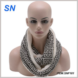 Latest New Design Infinity Scarf pictures & photos