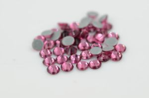 Wholesale Iron on Rhineston for Garment/Shoes Ss10 Light Amethyst Rhinestone pictures & photos