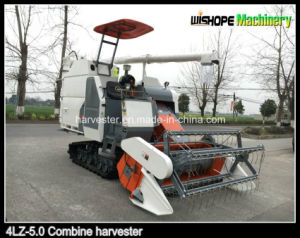 Rubber Track Combine Harvester 4lz-5.0 Sales in Peru pictures & photos