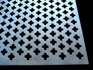 Perforated Metal Decorative Cloverleaf Aluminum Sheet pictures & photos