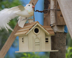 Durable Wooden Bird Nest (WH-006) pictures & photos