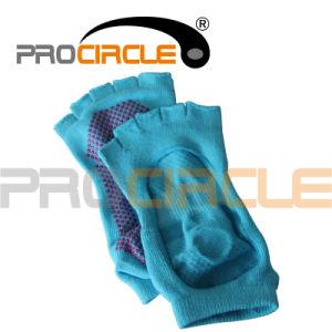 Half Toe Grip Ankle Yoga Socks (PCYS1002) pictures & photos