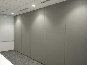 Soundproof Sliding Folding Partition for Conference Hall/Multi-Purpose Hall pictures & photos