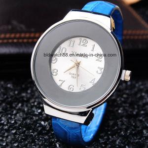 Woman Girl Ladies Bracelet Bangle Quartz Watch pictures & photos
