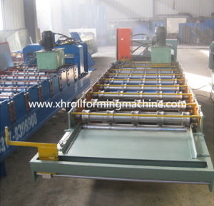 Roof / Wall Color Steel Tile Roll Forming Machine (XH900) pictures & photos