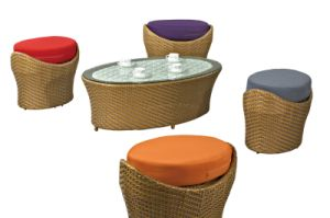 Rattan Ottoman with Coffee Table Garden Furniture pictures & photos