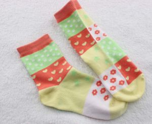 Children′s Terry Cotton Socks for Winter pictures & photos