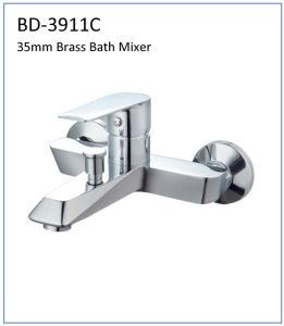 Bd3911e 35mm Brass Single Lever Shower Faucet pictures & photos
