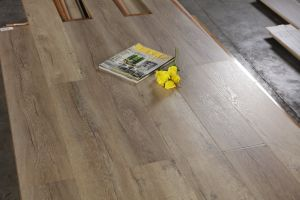 12mm Pressed U-Groove Laminated Floor pictures & photos