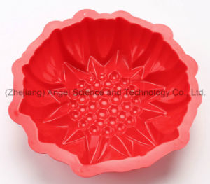 """Holiday Medium Size 3D Flower Silicone Muffin Baking Pan Sc55 (9"""") pictures & photos"""