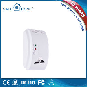 Top-Selling European White Plug Gas Detector Alarm Wired 12V Sfl-817 pictures & photos