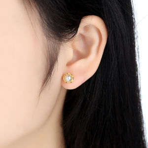 New Presents Clear CZ Compatible with Jewelry Special Store 925 Sterling Silver Gold Pearl Stud Earrings pictures & photos