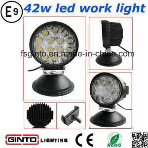42W High Output LED Spot/Flood Work Light (GT2003-42W) pictures & photos
