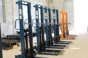 Hand Hydraulic Forklift Pallet Stacker Jo pictures & photos