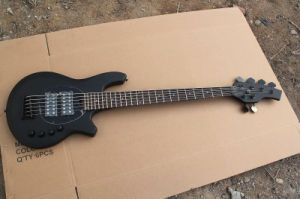 Hanhai Music/Black 6 Strings Electric Bass Guitar with Black Hardware pictures & photos
