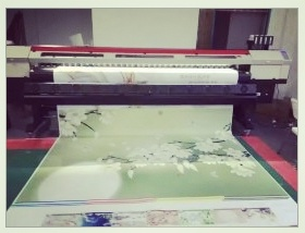 4D or 5D UV Printer with Varnish Printing pictures & photos