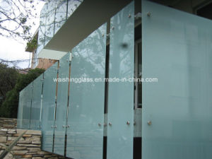 3-12 mm Clear Tempered/Toughened Acid Etched Glass for Decorative Partition pictures & photos