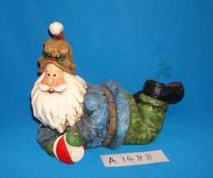 Resin Laying Santa Claus for Christmas Decoration pictures & photos