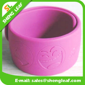 Silicone Slap Bracelet with Engraving Logo Wristband for Adult pictures & photos