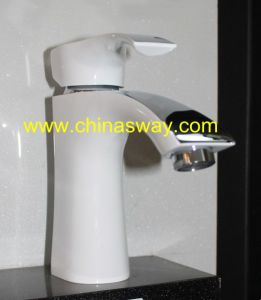 White Basin Faucet, Bathroom Mixer, Brass, European Style (SW-7771Q1G) pictures & photos
